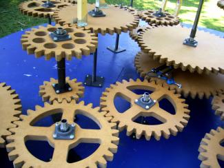 roundabout cogs mechanism