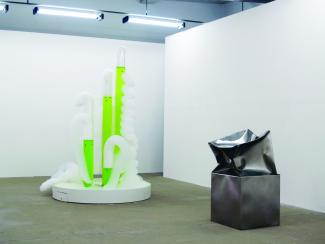 Medalla's Bubble machines & Hilgemann's Double stainless steel sculpture
